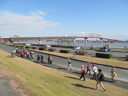 ●IMG_0616新田大橋を歩く