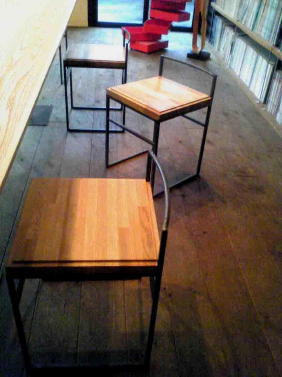 ガラク椅子02.jpg
