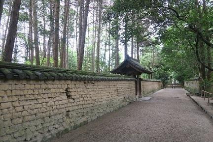 奈良塀.jpg