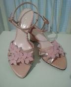 ピンクのお花つきサンダル☆彡