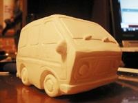 手作り風の自動車