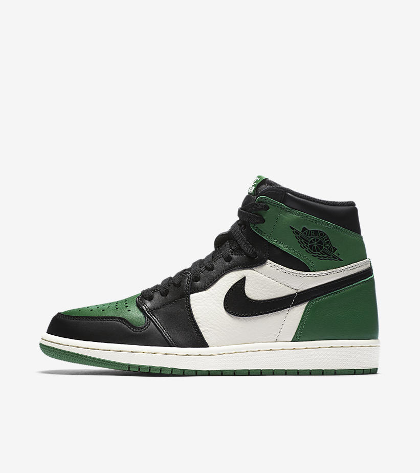 NIKE AIR JORDAN 1 RETRO HIGH OG 555088-302