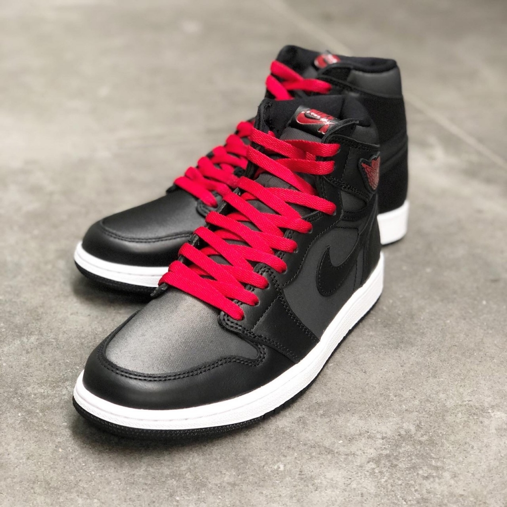 ■:NIKE AIR JORDAN 1 RETRO HIGH OG 555088-060