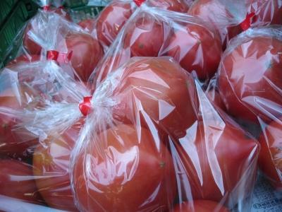 久末のトマト、実は人気です。