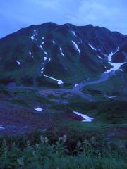 夜の雷鳥荘前からの景色