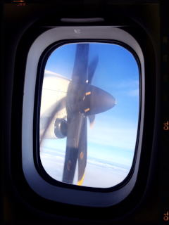201607 Sweden Trip Helsinki to Arland airport  プロペラ機
