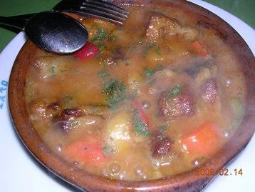 牛脛肉と野菜の煮込み