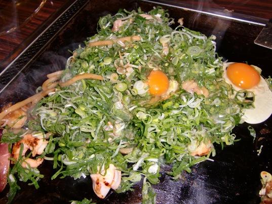 ねぎと卵の焼きうどん