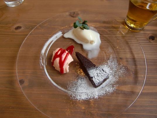 バニラアイス&にんじんのブランマンジェ&ガトーショコラ