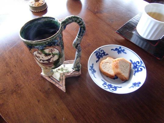 ジャスミンティ(台湾名間郷産)小菓子と共に