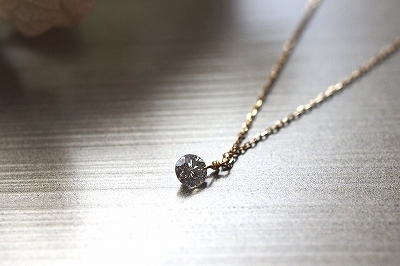 レーザーホールダイヤモンドネックレスK18