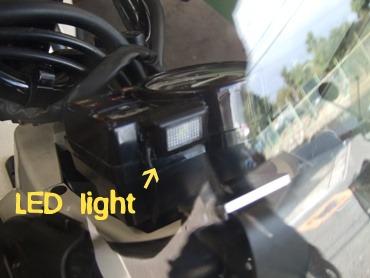 LEDライト。