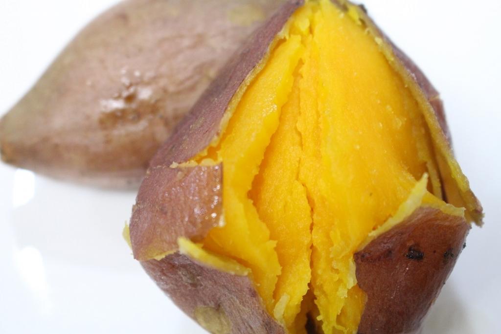 鹿児島県種子島産の安納芋の通販・お取り寄せ販売。送料無料でお届けします。訳あり品やギフトに最適な贈答用まで取り揃え。