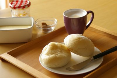 トレイで朝ご飯