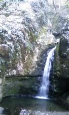 厳寒の七代之滝