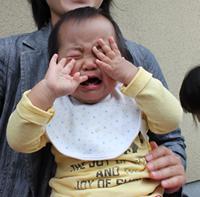 泣くミニー