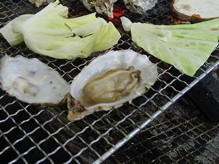 牡蠣焼きアップ
