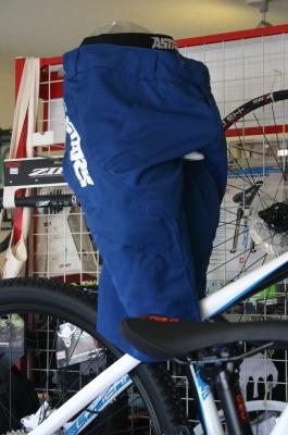 manual shorts