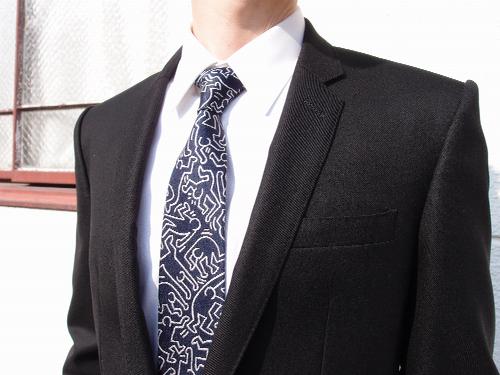 もちろんネクタイもありますよ!