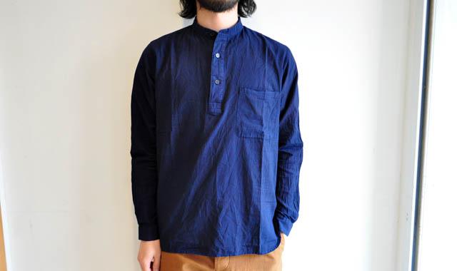 YAECA WRITE / スタンドカラーインディゴプルオーバーシャツ