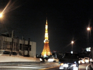首都高からみた東京タワー