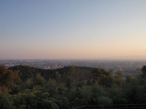 新田山にあそぶ