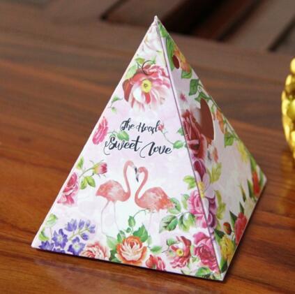 三角ギフト箱