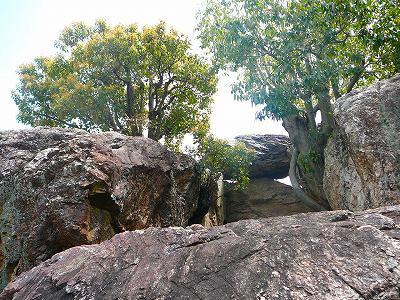 巨石その2