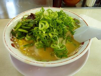 コーンスープ状のスープにコーンがよく合います。