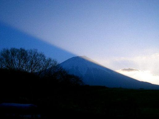 2007年2月22日 AM7時04分 富士山