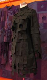 月のドレス01