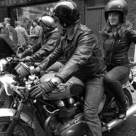 3a081a1829213868d6ef38b93cf56461--vintage-cafe-vintage-bikes.jpg