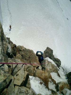 第二岩峰、核心を攀じる