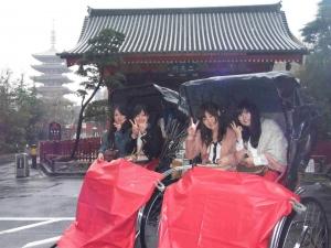 浅草で人力車に乗りました☆