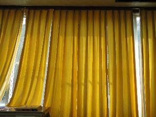 11,17カーテン