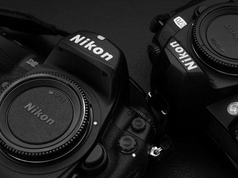 Nikon D2H & D70
