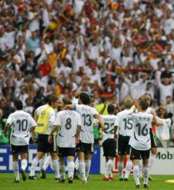 拍手のホスト国ドイツ