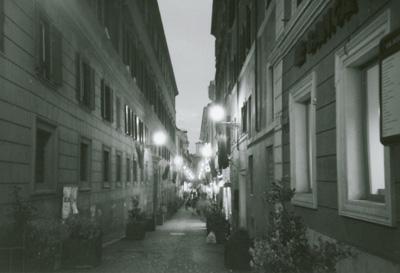 フィレンツェ夕方の細い小道
