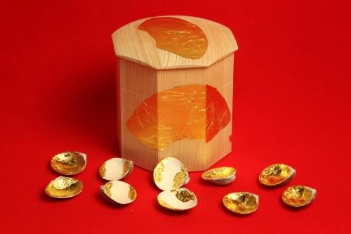 貝桶と5組の貝合わせ