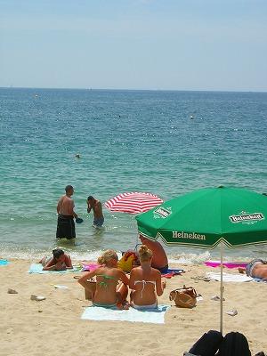 パブリックビーチ女子1