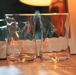 オリジナルデザインの猫グラス・柄ツイストグラス(ペア) 猫雑貨 PG-64
