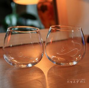オリジナルデザインの猫グラス・猫柄ワイングラス・だるま型(ペア) WG-8