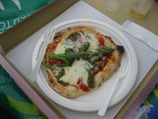 ピザ窯が奈良公園内に出現。