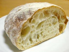 ヌクムクのフランスパン断面