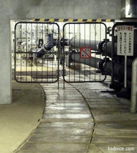 トンネル内の水を貯める場所
