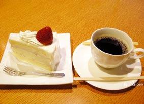 もりもと本店のショートケーキセット