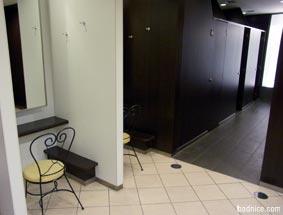 仙台トイレ中