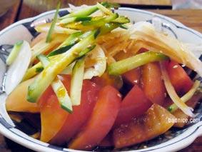 番番辛いトマトサラダ