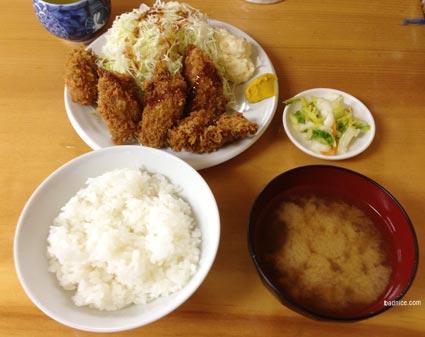 いちかつカキフライ定食