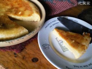 焼き目もこんがりチーズ、チーズの香りたっぷりのチーズケーキ